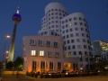 Medienhafen Düsseldorf blaue Stunde